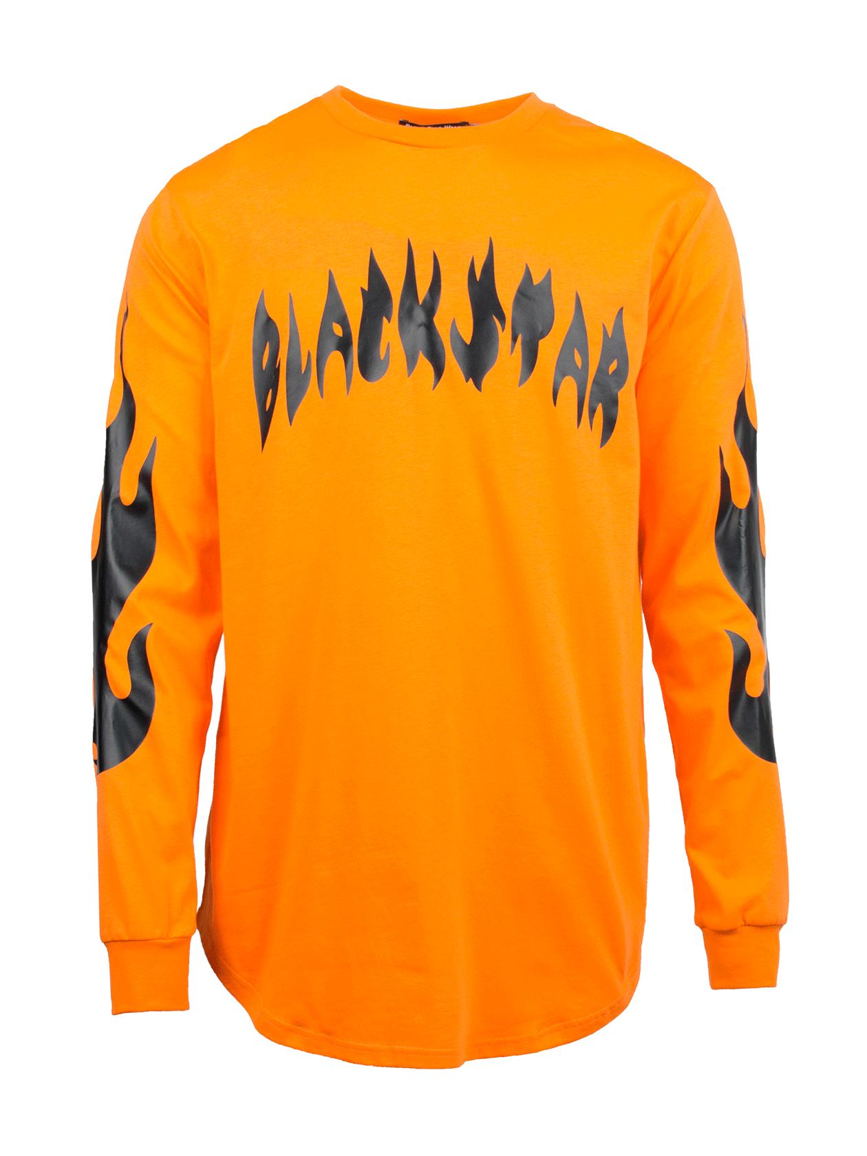 Лонгслив  FIRE FLAMEЯркий лонгслив мужской Fire Flame из уникальной коллекции Orange Flame создан для энергичных молодых людей с внутренним огнем. Модель теплой оранжевой расцветки с эффектным принтом в виде надписи Black Star на груди и черных языков пламени на рукавах. Лаконичный крой изделия делает его комфортным предметом гардероба на каждый день. Манжеты дополнены гофрированной резинкой для лучшей посадки вещи, удлиненный низ обладает полукруглой формой. Специальная технология пошива с использованием 100% хлопка обеспечивает долговечность и практичность лонгслива.<br><br>Размер: L<br>Цвет: Оранжевый<br>Пол: Мужской
