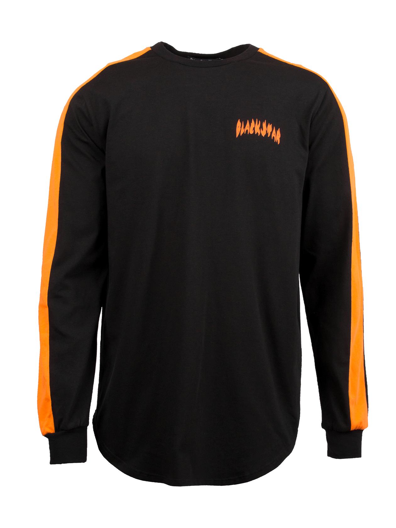 Лонгслив  FIRE FLAME BSЧерный лонгслив Fare Flame BS из коллекции Orange Flame – модный тренд от бренда Black Star. Стильный крой, смелые дизайнерские решения сразу бросаются в глаза. Модель прямого, свободного силуэта с закругленной формой низа. Длинный рукав дополнен фиксирующими манжетами, выполненными из высококачественного эластичного трикотажа. По бокам рукавов оформлены вертикальные вставки сочного оранжевого цвета, символизирующего энергичность и бодрость духа. На груди надпись Black Star. Лонгслив сшит по особой технологии с использованием 100% хлопка премиального качества.<br><br>Размер: S<br>Цвет: Черный<br>Пол: Мужской