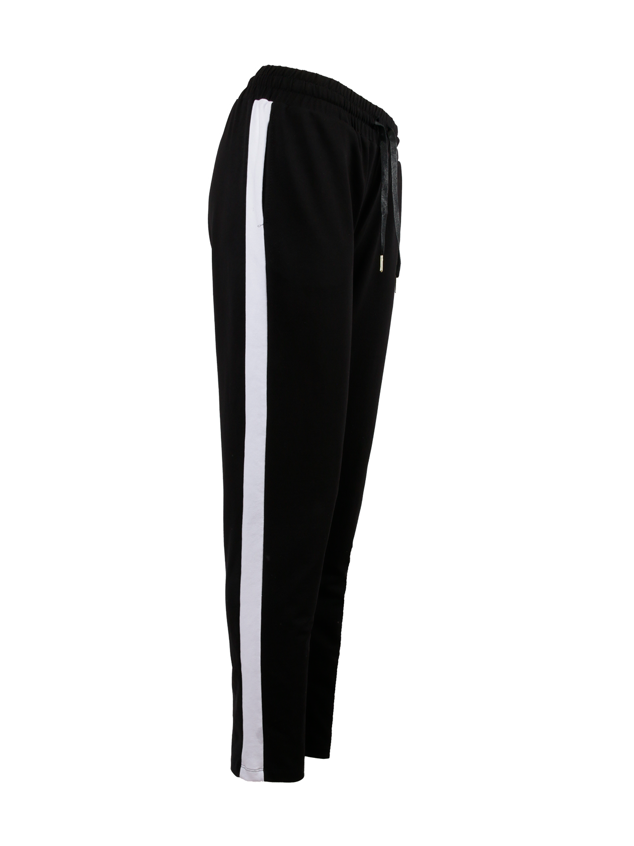 Брюки женские HARAJUKUБрюки женские Harajuku универсального черного цвета – модный хит от бренда Black Star Wear. Модель спортивного стиля идеально подходит для активной деятельности, отдыха и повседневной носки. Крой изделия прямой, полуоблегающий, имеется небольшой припуск. На поясе оформлена широкая фиксирующая резинка и завязки. Дизайн дополнен вертикальными боковыми вставками белого цвета. При изготовлении брюк использован 100% хлопок элитного качества, гарантирующий практичность и долговечность изделия.<br><br>Размер: S<br>Цвет: Черный/Белый<br>Пол: Женский