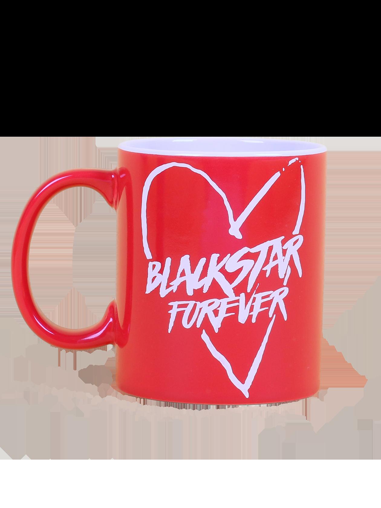 Кружка FOREVERФирменная кружка Forever с яркой надписью Black Star forever в большом сердце – то, что нужно для успешного начала дня. Модель выполнена в традиционной цилиндрической форме, имеет удобную большую ручку. Материал изготовления – высококачественная керамика, выдерживающая любые температурные нагрузки. Представлена в трех цветах: белый, красный и черный. Может использоваться в качестве оригинального подарка.<br><br>Размер: Единый размер<br>Цвет: Красный<br>Пол: Унисекс