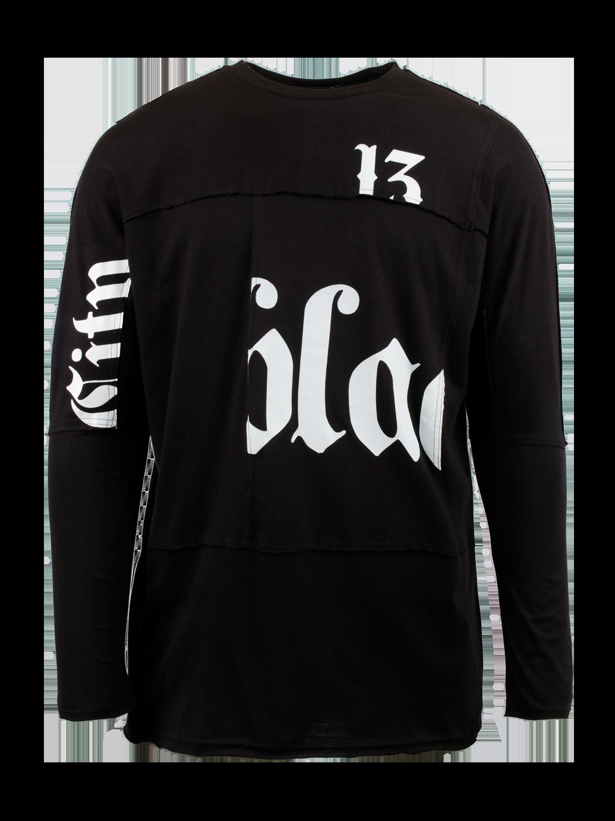 Лонгслив мужской CITY 13Мужской лонгслив City 13 стильного дизайна – актуальная вещь для любого сезона. Модель лаконичного черного цвета декорирована горизонтальными и вертикальными швами наизнанку по всему изделию. Цельнокроеный длинный рукав, округлая горловина с жаккардовым лейблом BSW на внутренней стороне. Эффектной фишкой вещи является принт с надписью Black Star 13, оформленный частями на рукавах, спине и спереди. Материал изготовления лонгслива – 100% хлопок премиального качества.<br><br>Размер: S<br>Цвет: Черный<br>Пол: Мужской