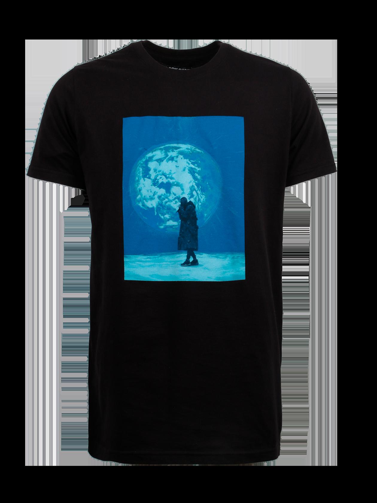 Футболка унисекс PLANETОригинальная футболка унисекс Planet – стильная новинка из мерча L`one Гравитация. Модель представлена в черной расцветке, поэтому может использоваться в качестве базовой вещи в гардеробе. Крой прямой, удлиненный, полусвободный. Горловина узкой круглой формы с жаккардовой нашивкой-логотипом Black Star Wear внутри. Эффектной фишкой футболки является принт с изображением артиста L`one, поющего на фоне огромной планеты. Изделие сшито из высококачественного 100% хлопка.<br><br>Размер: S<br>Цвет: Черный<br>Пол: Мужской